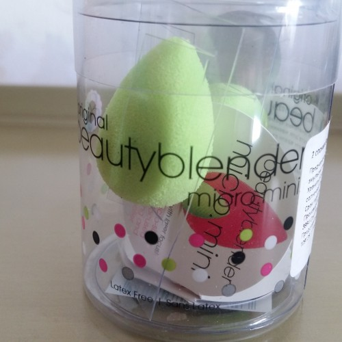 2 спонжа Beautyblender micro.mini