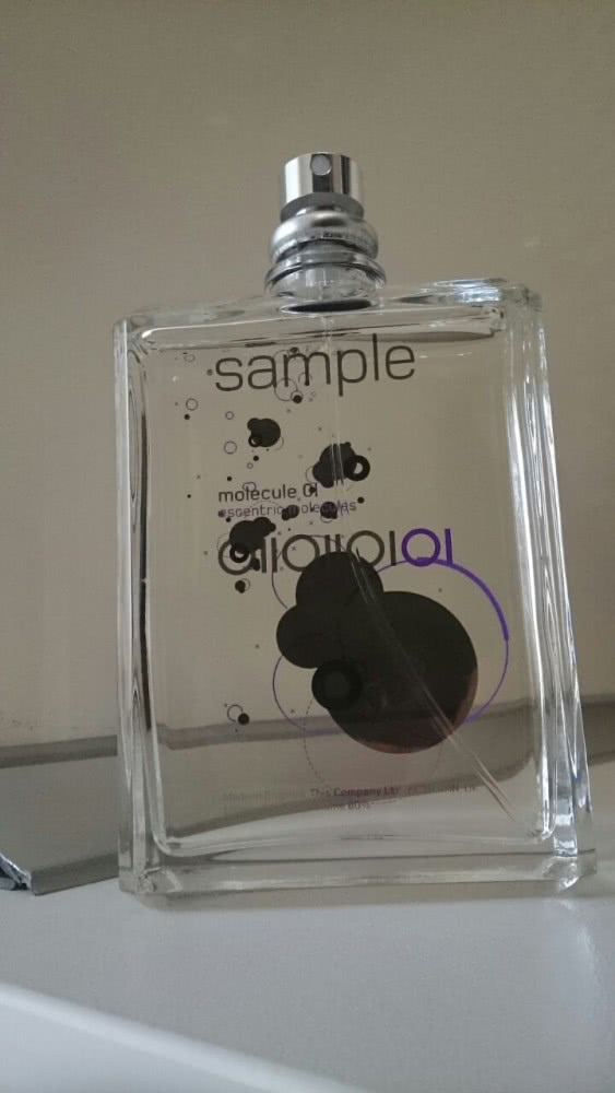 Molecule 01 Escentric Molecules 100 ml Sample