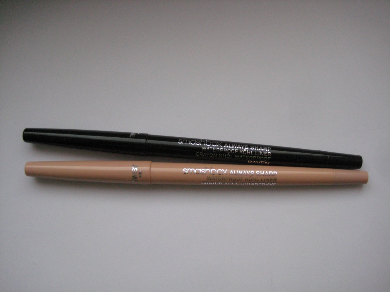Водостойкие карандаш для век Smashbox Always Sharp Waterproof Kohl Liner SMASHBOX ALWAYS SHARP WATERPROOF KOHL LINER оттенок Bare и оттенок Rave