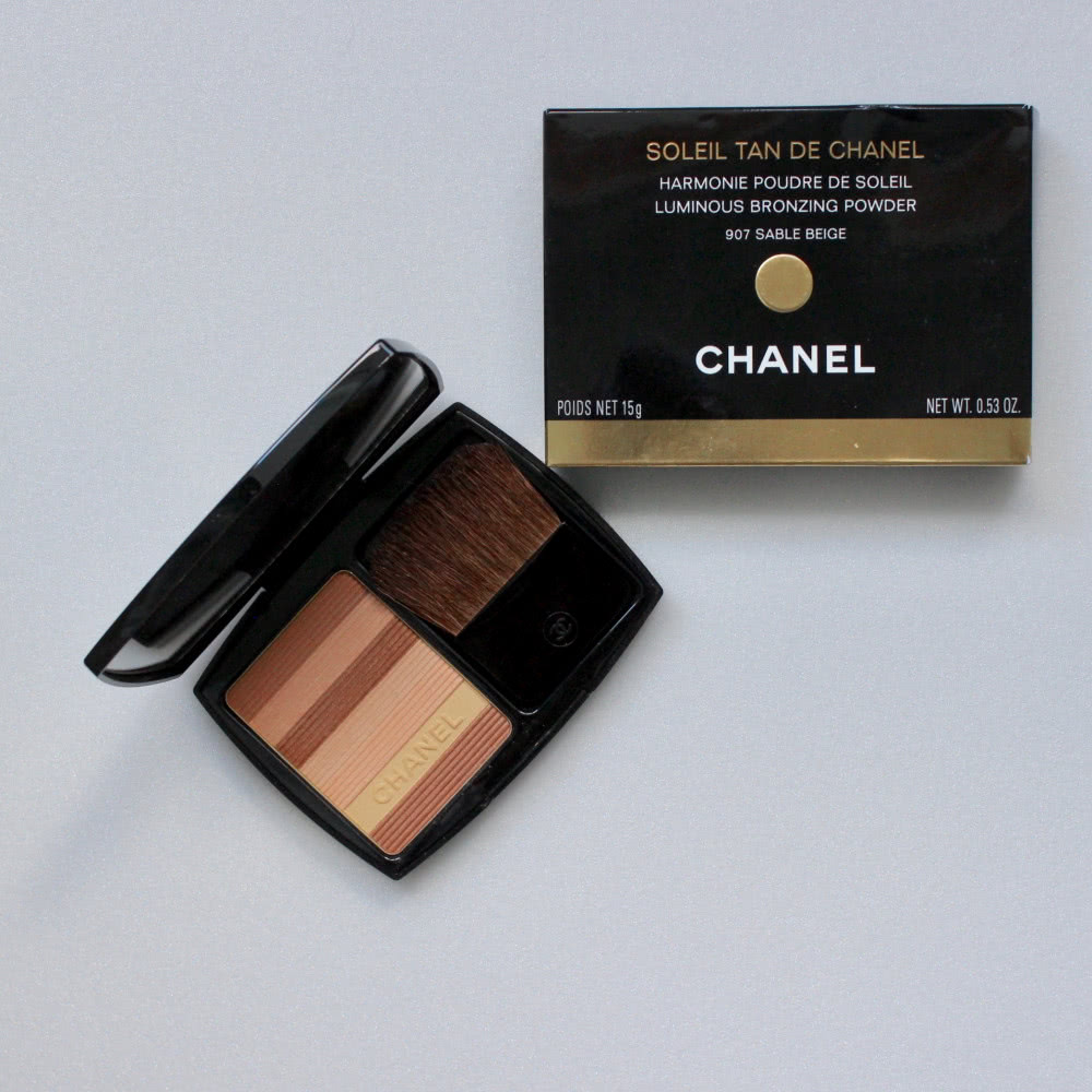 Chanel Luminous bronzing powder 907 Sable Beige