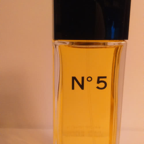 No. 5   by Chanel  EDT 100ml